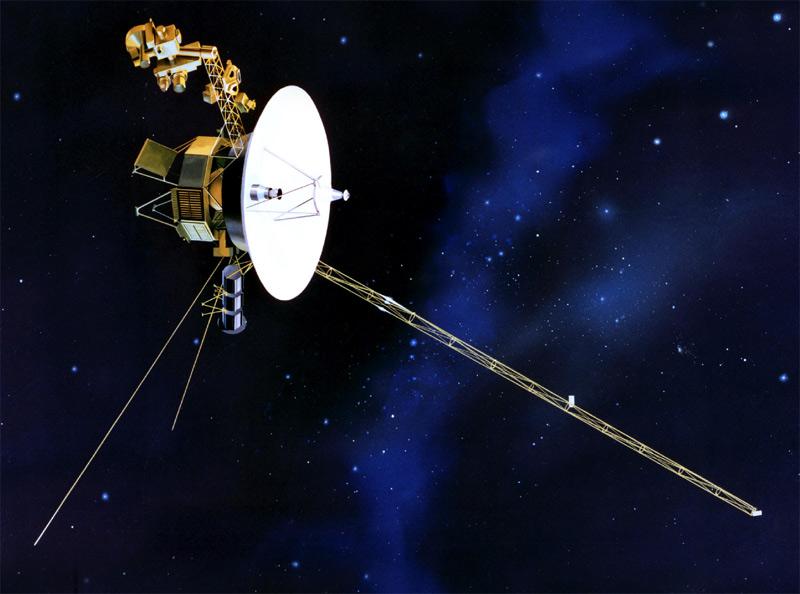 Sonda Voyager pripomínajúca vďaka dlhej anténe hmyz